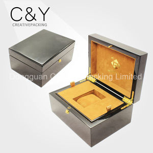 Luxury Wood Watch Box Custom Lacquered Wooden Watch Packaging Box pictures & photos