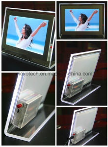 Table-Putting LED Acrylic Photos Frame Crystal Picture Frame (CST03-B) pictures & photos