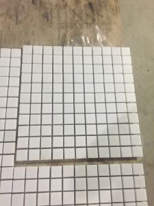 White Marble Polished Mini Brick Mosaic Tile pictures & photos