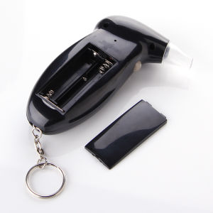 Protable Keychain Alcohol Tester Breath Analyzer with 5PCS Mouthpiece pictures & photos