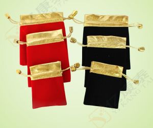 Custom Logo Gold Blocking Promotion Drawstring Velvet Gift Bag pictures & photos