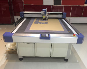 Corrugated Board Vibration Knife Cutting Machine, Flatbed Cutter Machine, Carton Cutter Plotters pictures & photos
