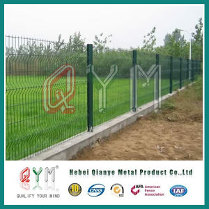 Hot-DIP Galvanized 3 Triangle Bend Welded Mesh Fence pictures & photos