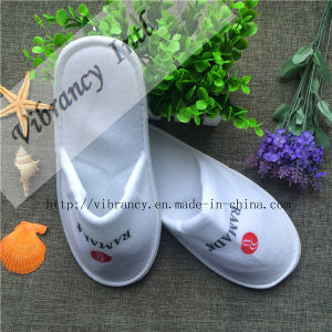 Custom Good Quality Different Type Disposable Hotel Slippers pictures & photos