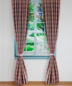 100% Polyester Jacquard Plaid Grommet Panel pictures & photos