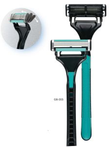Pivoting Triple Shaving Razor GB-003
