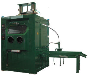 Wet Sand Blaster Cabinet for Large Volume of Workpiece Liquid Blasting pictures & photos