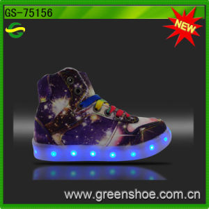 Good Selling Girl MID Cut LED Light Shoes Chargeable pictures & photos