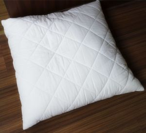 Quilted Pillow and Pillow Shell in Cotton Fabric pictures & photos