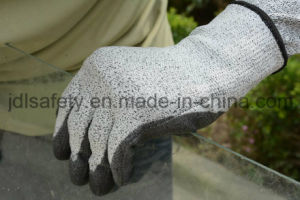 White Cut Resistant Work Glove with PU Coating (PD8044) pictures & photos