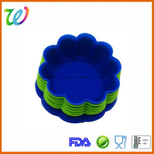 Eco-Friendly Colorful Flower Shape Silicone Cupcake Moulds pictures & photos