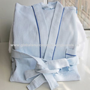 Hotel / Home Cotton / Waffle Bathrobes/ Pajama / Nightwear pictures & photos