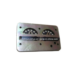 Valve Plate, Air Compressor Use for Truck Spare Parts 1376272 pictures & photos