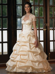 Quinceanera Dresses (Style # 6907)
