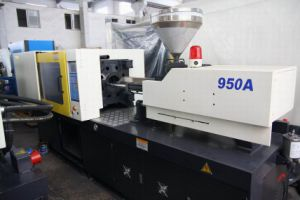 Injection Moulding Machine (9500A)