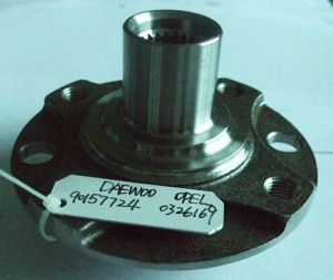 Front Wheel Hub for Daewoo and Opel pictures & photos