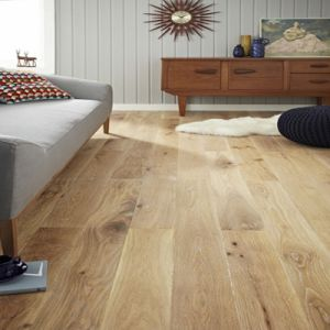Brushed White Oiled Engineered Oak Wood Flooring pictures & photos