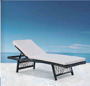 Garden Outdoor Leisure Rattan Lying Bed Pool Lounge Chair Bed pictures & photos