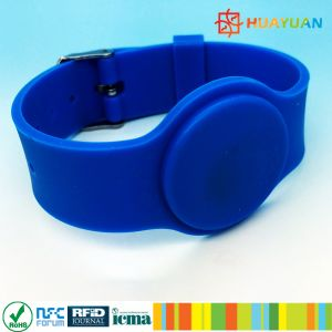 silicone embossed WS-03 MIFARE DESFire EV1 2K RFID wristbands for water park pictures & photos