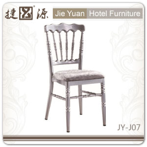 Silvery Metal Chiavari Chair with Cushion (JY-J07) pictures & photos
