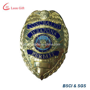 Factory Custom Gold Metal Badge Lapel Pin pictures & photos