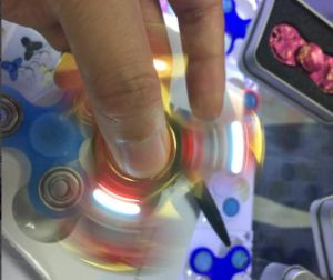 LED Hand Spinner for Stress Relieve pictures & photos