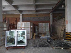 Interior or Exterior Aluminum Tempered Glass Window pictures & photos