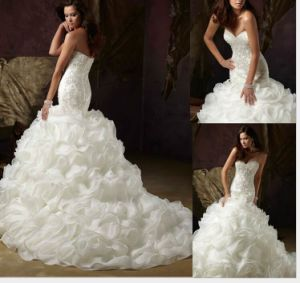 2017 Ruffle Crystal Cocktail Prom Evening Wedding Dresses (WMA001) pictures & photos