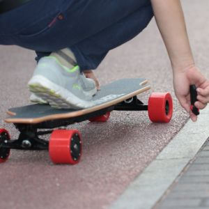 Germany Warehouse Stock Koowheel Electric Skateboard Remote Max Speed 45km pictures & photos