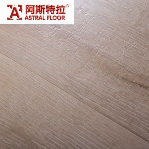 Carb Standard Light Color Ce Approved V-Gro0ve Laminate Flooring pictures & photos