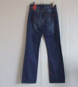 Fashioned Straight Jeans for Women