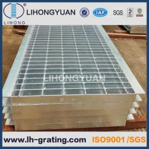 Galvanized Steel Grating Banded with Angle Bars pictures & photos