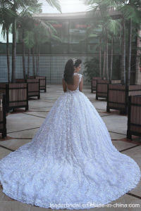 Arabic Bridal Ball Gown Lace Flowers Luxury Crystal Wedding Dress G1782 pictures & photos