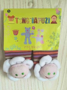 Skid Resistance Cotton Silicone Cartoon Baby Socks (JMBABY-WHITEFLOWER) pictures & photos