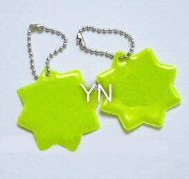 Customized Reflective Promotional Key Chain for Sale pictures & photos