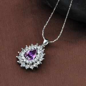 Latest Rhinestone Alloy Costume 18K Gold Plated Zircon Necklace pictures & photos
