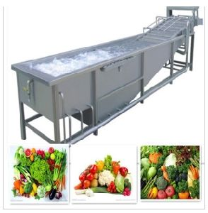 Hot Water Saving Type Air Bubble Fruit and Vegetable Cleaning Machine