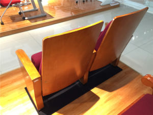 Hongji Simple Wooden Armrest Auditorium Furniture for Professional Theater Hall Seat pictures & photos