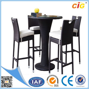 New Style 5PCS Rattan Dining Round Table and Chairs pictures & photos