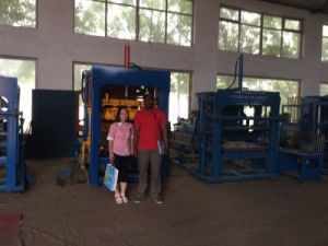 Qtj4-35I High Quality Cement Brick Block Making Machine pictures & photos