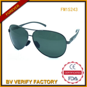 Metal Sunglasses for Man Glassic Style with Good Quality (FM15243) pictures & photos