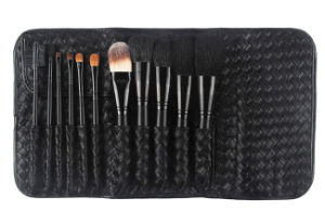 Special 11 Pieces Beauty Tools Kit Black Handle Cosmetic Brush with Black Belt Buckle Bag pictures & photos