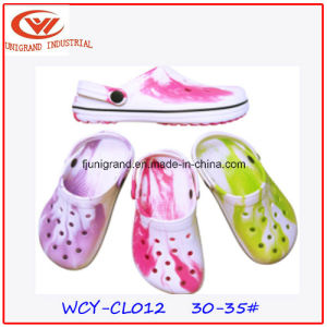Fashion Cute Garden Clogs Shoes for Children pictures & photos