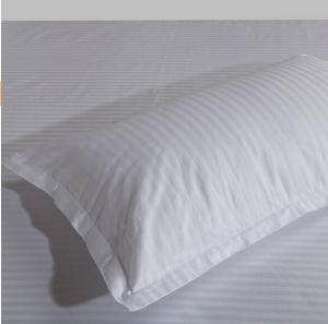 100% Cotton 3cm Stripe Hotel Bedding Sets pictures & photos