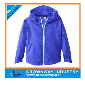 Wholesale Kids 100% Polyester Comfortable Soft Shell Jacket with Hood pictures & photos
