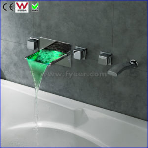 Wall Mounted Bath&Shower Faucet LED Bathtub Tap (FD15302WF) pictures & photos