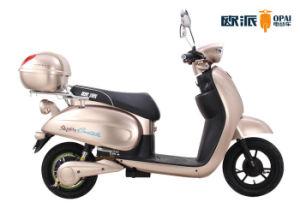 Hand Brake 650W Ladies Electric Scooter 60V 20ah Alloy Wheel Rear pictures & photos