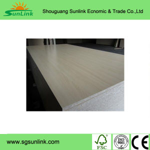 Factory-Natural 12mm American Fancy MDF pictures & photos