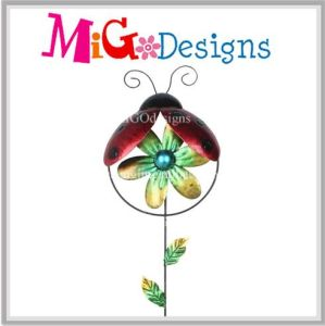 New Creative Absorbing Ladybug with Wind Spinner Garden Stake pictures & photos
