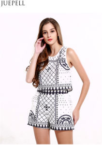 Summer New Sleeveless Vest Coat Female Retro Print Shorts Suit Fashion Two Sets Suit pictures & photos